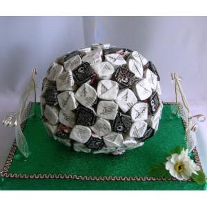 Футбольный мячДоставка букетов из конфет возможна при оформлении заказа не ранее чем за 2 (два) рабочих дня до планируемой даты доставки.<br><br><br>...<br>