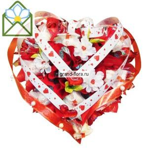 Сладкая идиллияДоставка букетов из конфет возможна при оформлении заказа не ранее чем за 2  (два) рабочих дня до планируемой даты доставки.<br><br><br><br>Мы рекомендуем выбрать в подарок неповторимую сладкую композицию, под элегантным названием Сладкая идиллия. Т...<br>