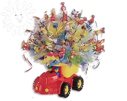 Машина с конфетами от Grand-Flora.ru