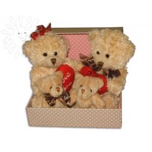 Мишки в коробкеДоставка букетов из игрушек возможна при оформлении заказа не ранее чем за 2  (два) рабочих дня до планируемой даты доставки.<br><br><br><br>Размер коробки 14х12 см, композиция доставляется в упаковке из прозрачной плёнки....<br>