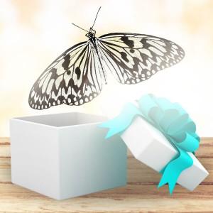 Бабочка Идея ЛевконояИдея Левконоя(idea leuconoe). Южная Азия, Филиппины. Размах крыльев 12-14 см. Эта белоснежная красавица своим плавным полётом создаст ощущение нежности и чистоты в доме вашей возлюбленной, а салют из этих бабочек на свадьбе выглядит, как будто это ...<br>