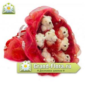 Красное сердцеОчень яркий красный букетик с мишками! На любой праздник! (7шт.)...<br>