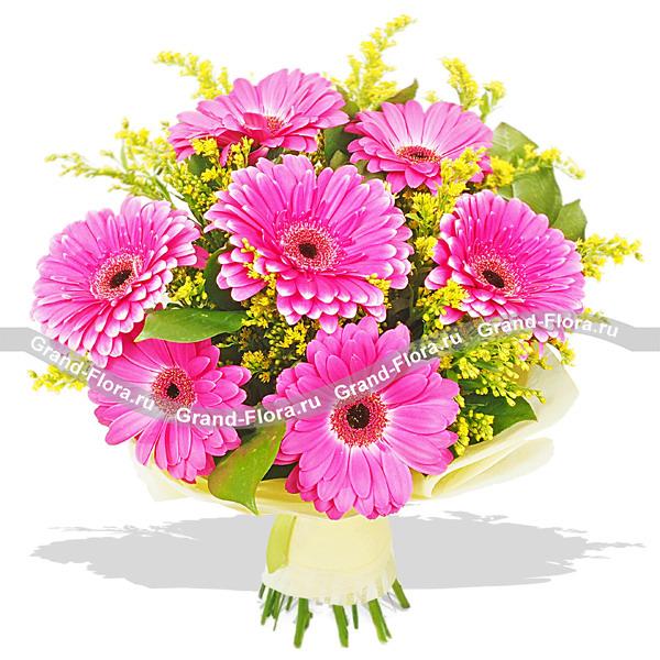 Цветы Гранд Флора Вдохновение цветом - букет из гербер и солидаго фото