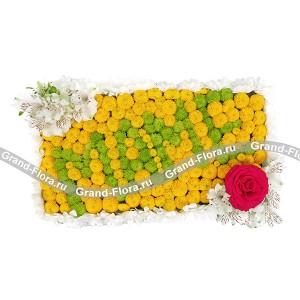 Любимой Мамочке! - композиция на оазисе для мамы из кустовых хризантем...<br>