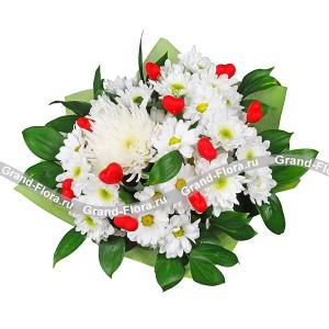 Магия цветов - букет из кустовых хризантем с сердечками...<br>
