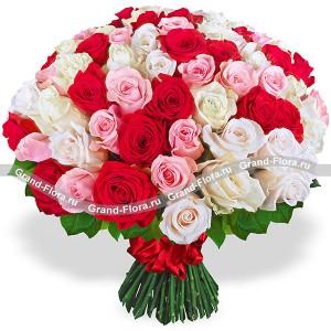 Моей королеве - букет разноцветных роз