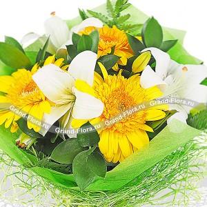 Встречая рассвет - букет из лилии и гербер...<br>