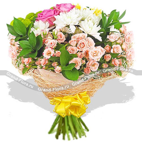 Жемчужина любви - букет из роз и хризантем