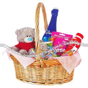 Корзина с мишкой - корзина со сладостями и мягкой игрушкой...<br>