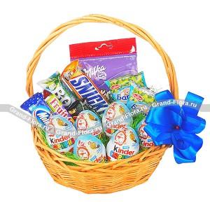 Моменты радости - корзина с шоколадом и конфетами...<br>