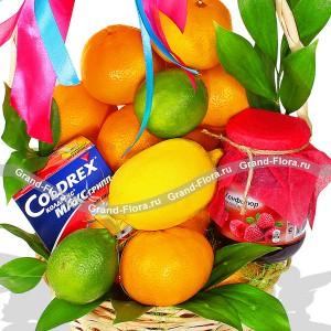 Витаминный коктейль - корзина из фруктов