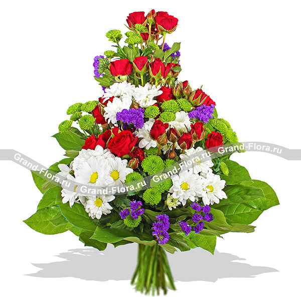 Крылья Купидона - коробка с белыми розами и хризантемами