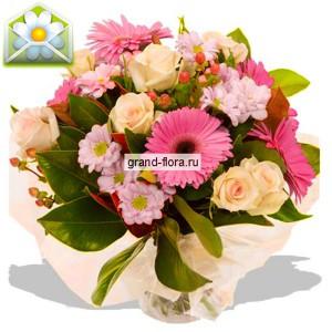 Розовые мечтыМечты должны сбываться! А уж розовые – тем более, особенно если у Вашей избранницы такой прекрасный и тонко чувствующий ее настроение и натуру мужчина, как Вы.<br>Розы, герберы и хризантемы удивительным образом объединились, создавая настолько гармон...<br>