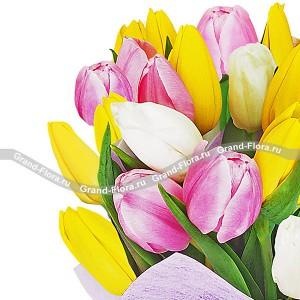 Утренняя нежность - букет из разноцветных тюльпанов...<br>
