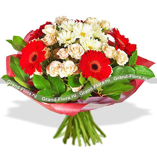 Приятная встреча - букет из кустовых роз и гербер
