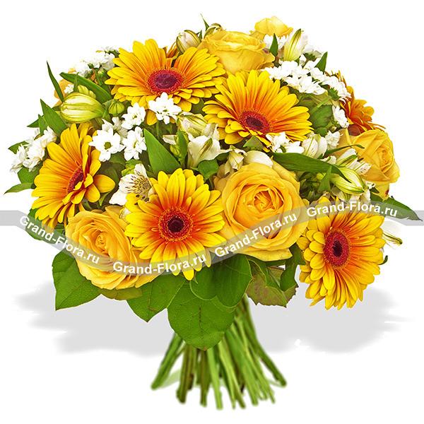 Микс из жёлтых роз - Солнечная осень