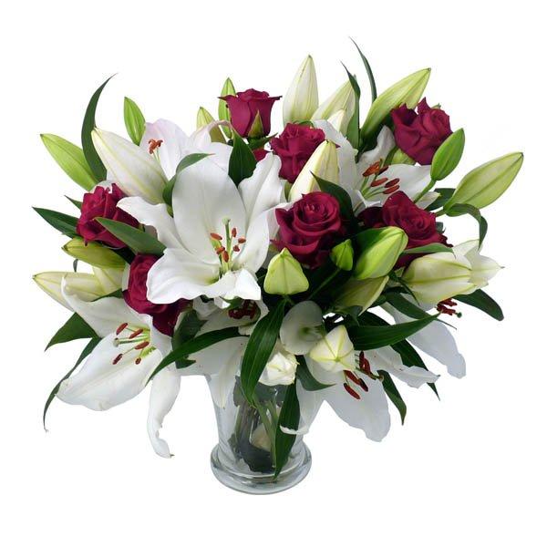 Королевский - букет из роз и лилий