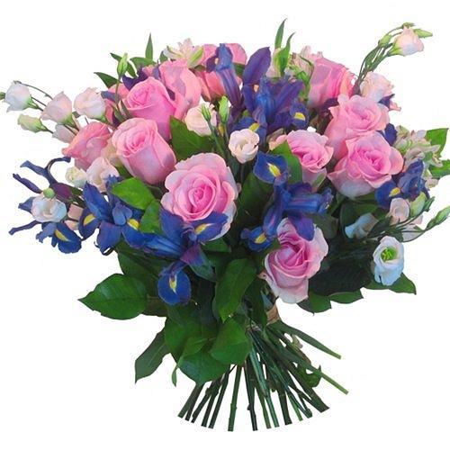Нежные облака - букет из роз и ирисов
