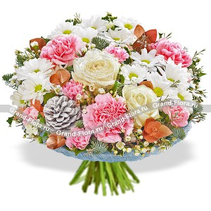 Christmas dream - a bouquet of roses and chrysanthemums, Christmas decorations
