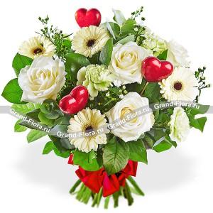 Букет белых роз с герберами - Тепло весны