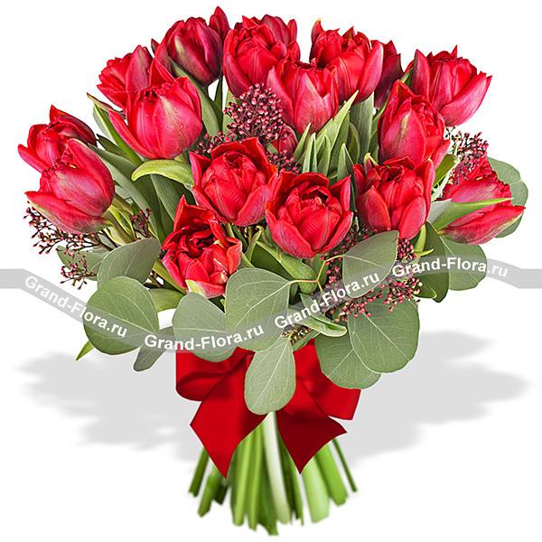Любовь навсегда - букет из красных тюльпанов