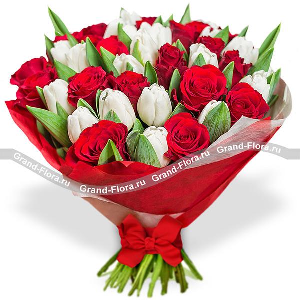 Тюльпаны Гранд Флора Подари ей весну - букет из белых тюльпанов и красных роз фото