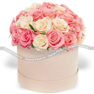Больше, чем любовь! - коробка с  розами...<br>