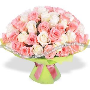 Амур (51 роза)Сочетание белоснежных и розовых роз в этом дивном букете получили название Амур. Это легкокрылый проказник, вечно юный и озорной. Глядя на этот букет, так и слышишь легкое трепетание крыльев и серебристый смех божества, который уже приготовил лук и ...<br>