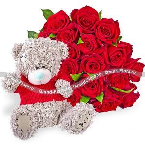 Плюшевое счастье (25 роз)Все мы в душе чуточку дети..Дополните Ваш презент в виде роз очаровательным мишкой Тедди!Это гарантировано поднимит настроение самым маленьким принцессам и звездочкам постарше!...<br>
