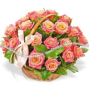 Букет розовых цветов - Корзина счастья (25 роз)