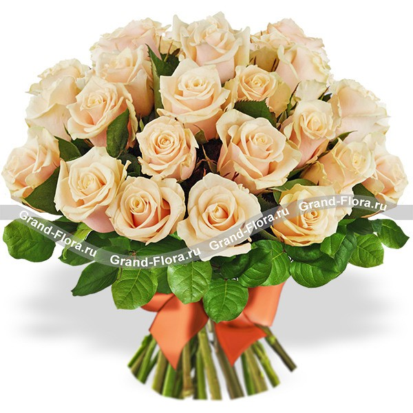 Букет кремовых роз