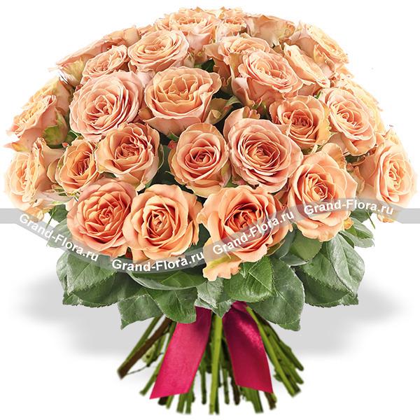 """Букет кремовых роз """"Капучино"""""""