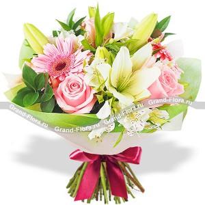 Искренние чувства - букет из лилий,роз и гербер