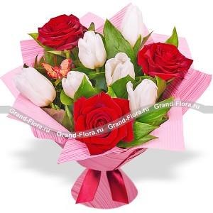 Шепот любвиФееричные цвета этого букета из тюльпанов способны улучшить настроение на 100%!!! Закажите его в праздник или в будний день, маме или жене, бизнес партнеру или просто понравившейся девушке, в любом случае о Вас вспомнят с самыми теплыми чувства...<br>
