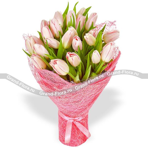 Идеальный роман - букет из тюльпанов