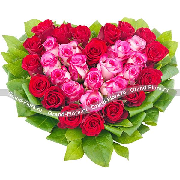 Розарий - композиция из роз в виде ссердца