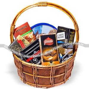 Дорогому - подарочная корзина со сладостями. Производитель: , артикул: 2839