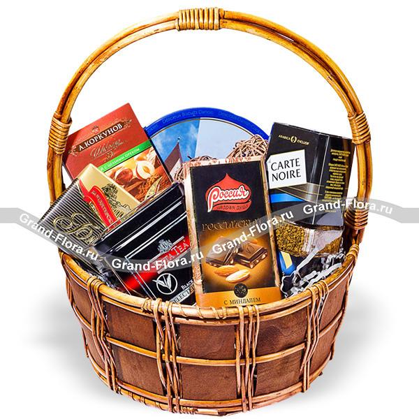 Дорогому - подарочная корзина со сладостями