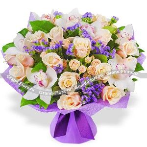 Балерина - букет из кустовых роз и орхидей...<br>