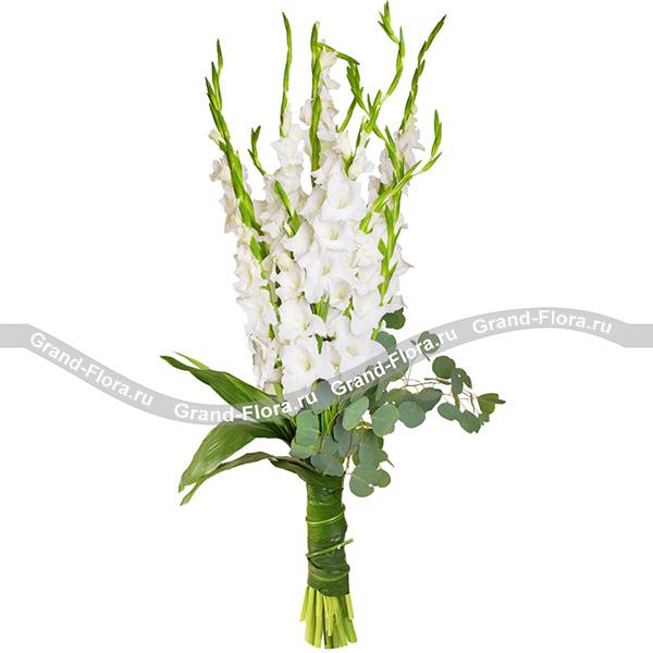 Унесенные ветром - букет из белых гладиолусов