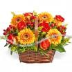Легенды осени - корзина из оранжевых роз и гербер
