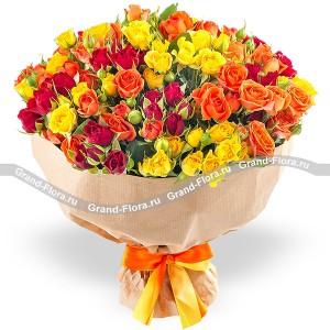 Пряности - букет из разноцветных кустовых роз