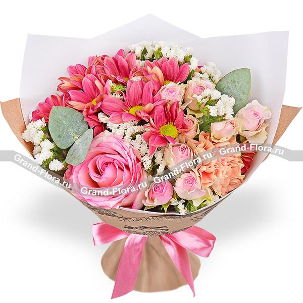 Новинки Гранд Флора Цветные сны - букет из розовых роз и диантусов фото