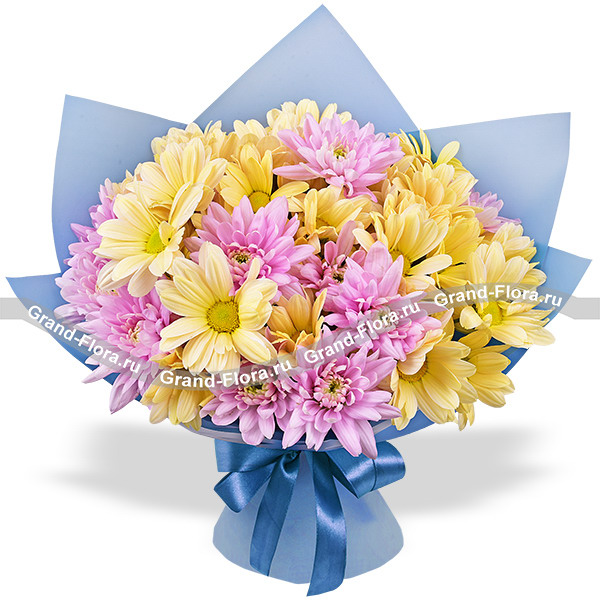Mom, I love! - bouquet of purple and yellow chrysanthemums