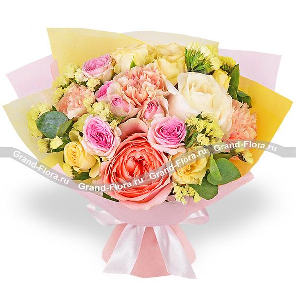 Лимонный щербет - букет из персиковых роз и гвоздик