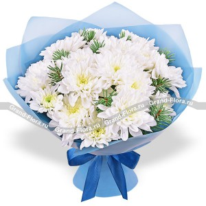 Flapper - bouquet of white chrysanthemums