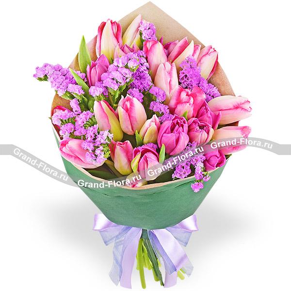Шанталь - букет из розовых и фиолетовых тюльпанов