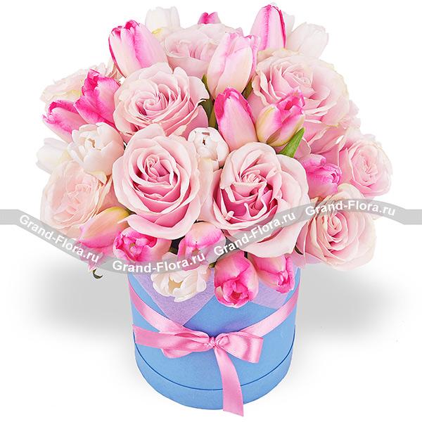 Больше, чем любовь! - букет из розовых роз и тюльпанов