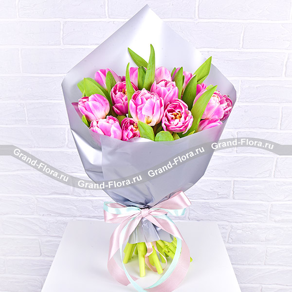 Ты так красива! - букет из розовых тюльпанов