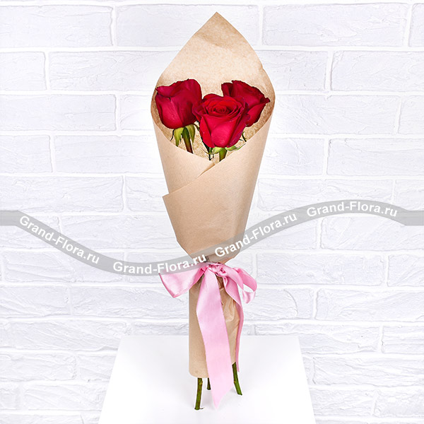 Дышу тобой - букет из трех красных роз